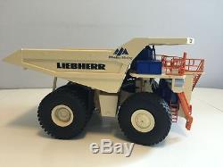 RareLiebherr R9800 WESTAR Mining + Liebherr T282B WESTAR Mining 1/50