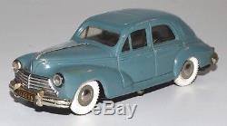 Rare Peugeot 203 à moteur Gégé bleu pétrole 1/43