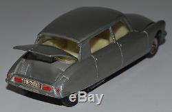 Rarissime DINKY POCH ref 530 1/43 Citroën DS 19 grise
