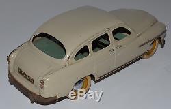 Rarrissime JRD 1/15 Ford Vedette mécanique électrique beige en tôle avec phares