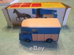 TRANSPORT SAVIEM de chevaux de courses DINKY TOYS 571