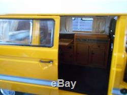 VW Volkswagen Bus T3 Hochdach Camper Westfalia Joker Camping Schuco Metall 118