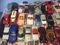 Vends à collectionneur 1 lot de 39 voitures miniatures Solido TBE