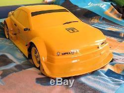 Voiture télécommandée Opel Calibra de marque Yankee 1/4 modèle racing