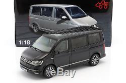 Volkswagen VW T6 Multivan Highline noir 118 NZG